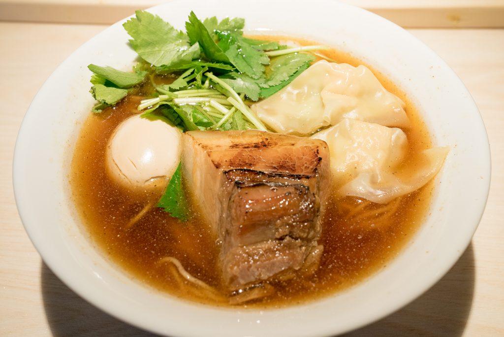 八王子 麺屋土竜(もぐら) 特製生醤油らーめん