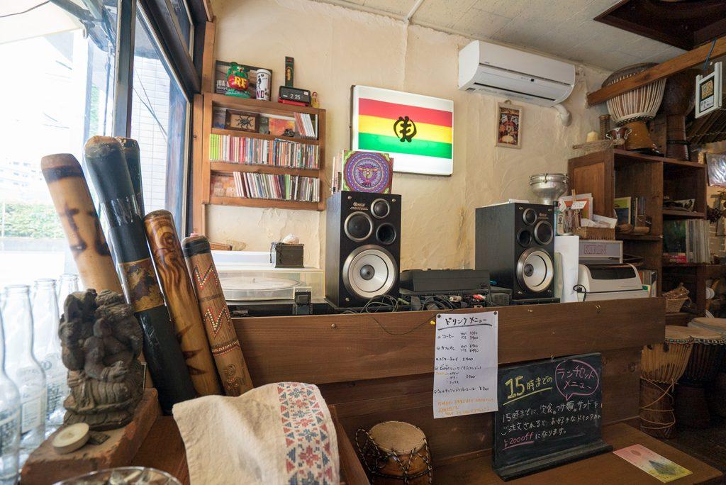 八王子ドマ・カフェ?アフリカン音楽とトロピカルとエスニック