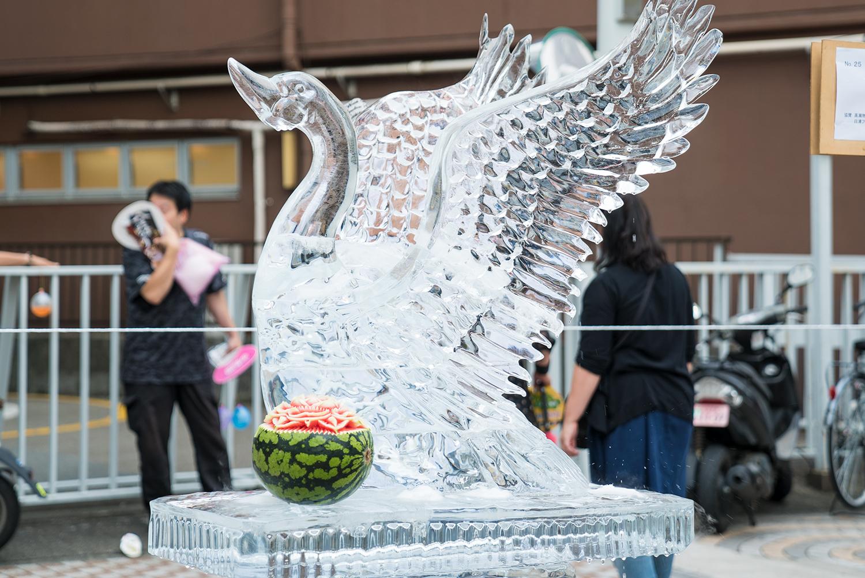 八王子まつり2017第34回夏季全国氷彫刻展白鳥