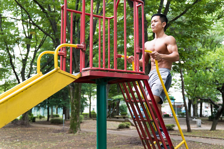 八王子の筋肉大使 福泉直哉 ベストボディ・ジャパン2017日本大会ファイナリスト 公園筋トレ