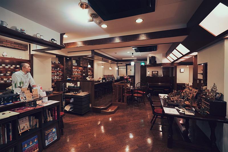 珈琲倶楽部田(でん)!!八王子の大人カフェで大正ロマンに浸る