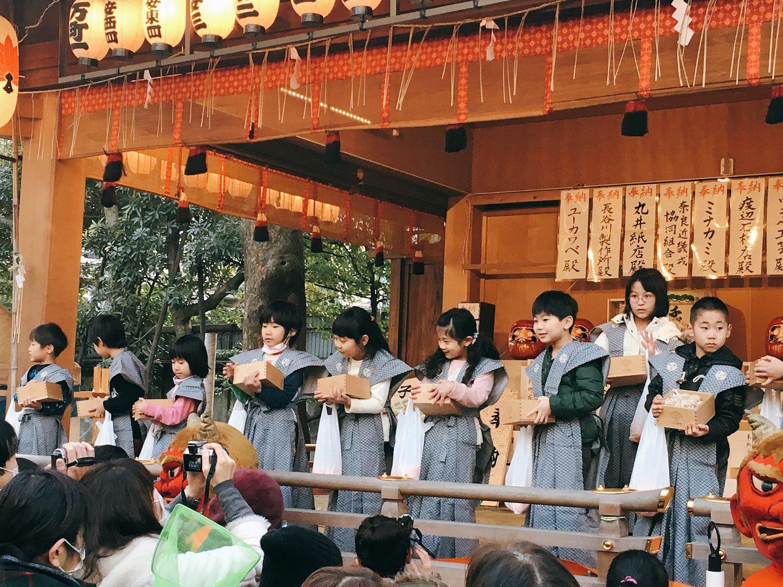 子安神社の節分祭2018!!鬼と人壁をすり抜けた奇跡の豆ミカン