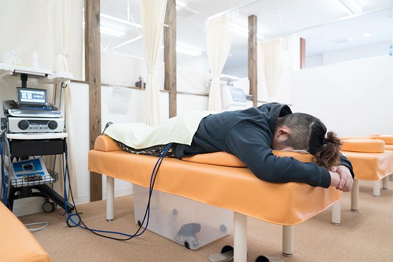 かえで通り整骨院!!3D EMSと電気鍼で超回復