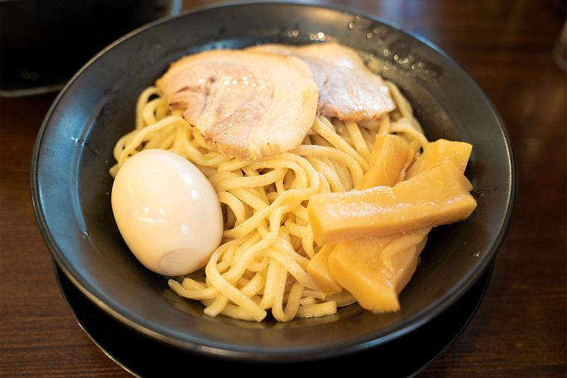 横浜家系ラーメン『王子家』の柚子が入ったつけ麺を食す!!
