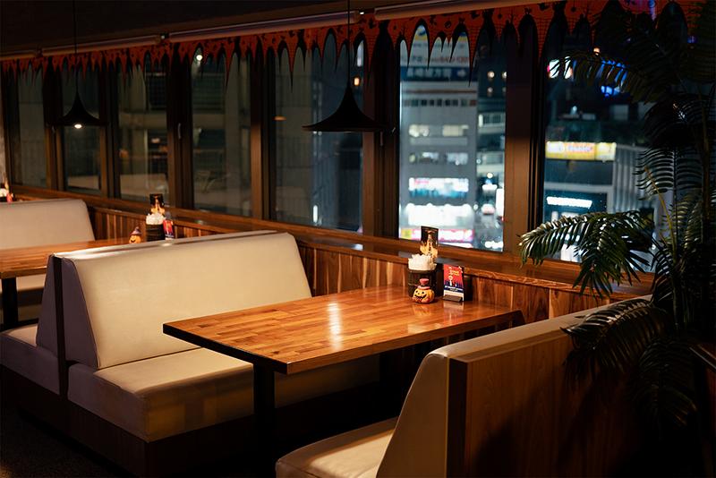 PENTHOUSE Gastro Dining(ペントハウス ガストロダイニング) 内観