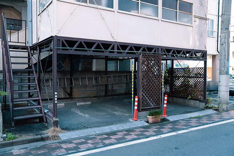 サクラヤコーヒー店 駐車場