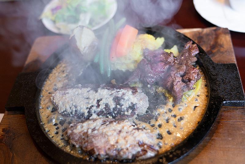 炭焼ハンバーグ&ステーキ ジョージ 特選牛ハンバーグステーキ150g ひとくちステーキ 納豆ソース