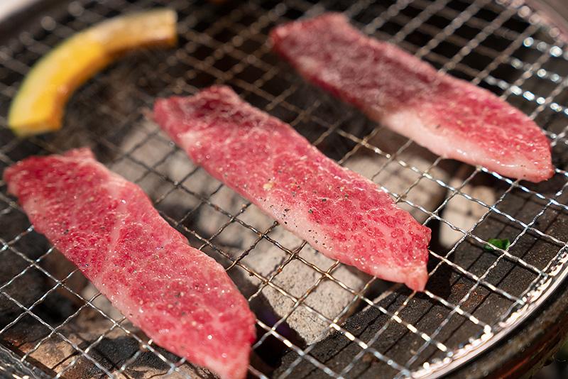 炭火焼肉 仁 おすすめ極上盛り 松坂牛 タテバラ