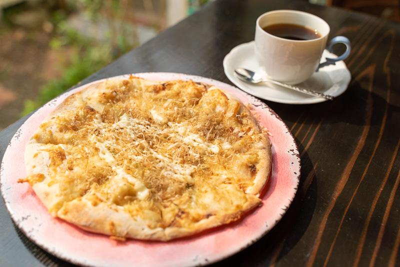 cafeMariposa カフェマリポーサ ねぎみそ ピザ