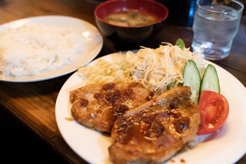 珈琲亭土門 ロース生姜焼