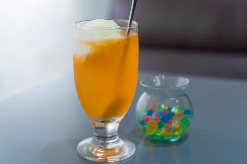 喫茶セピア オレンジフロート