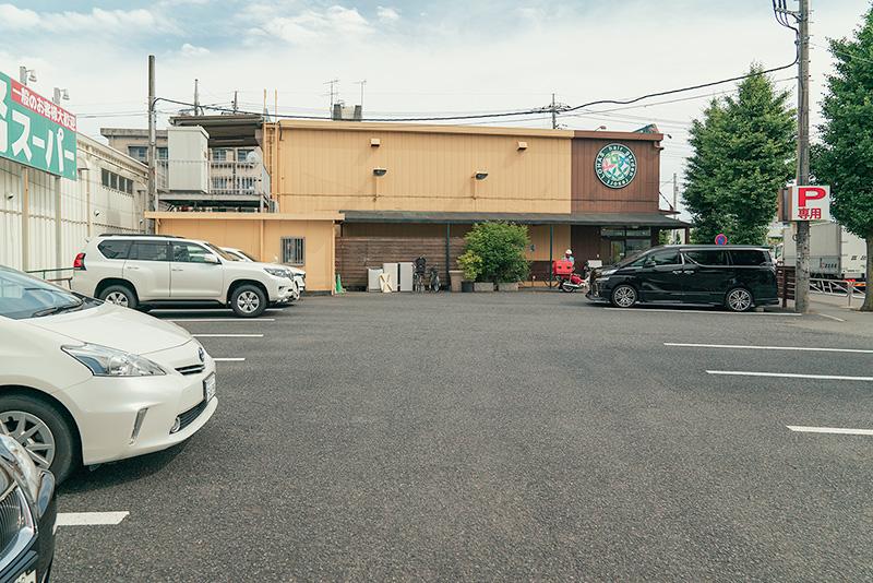 ヘアーガーデンリゾート高倉町店 駐車場