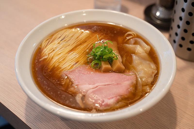 美麗ストレート麺の激ウマらーめん店【麺笑巧真】がオープン